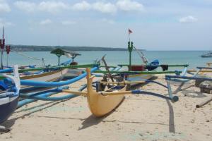 Bali Sailing Boat